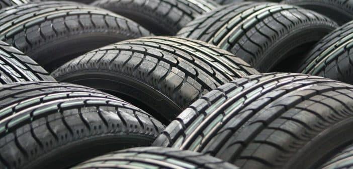 La loi montagne impose les conducteurs à utiliser des pneus hiver