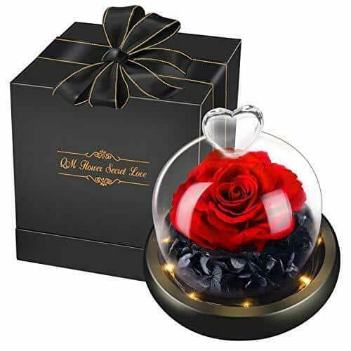 offrir une fleur éternelle comme cadeau